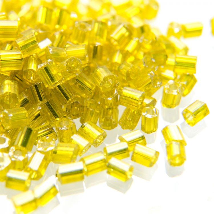 Бисер-рубка прозрачный желтый 2.1 мм стекло