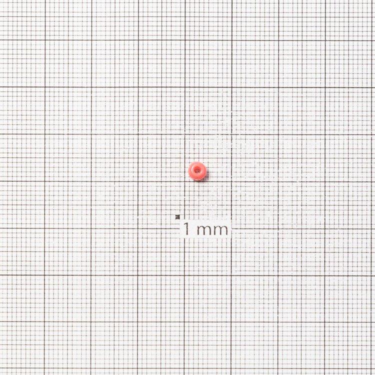 Бисер круглый, крупный, светло-коралловый. Калибр 6 (3,6 мм)