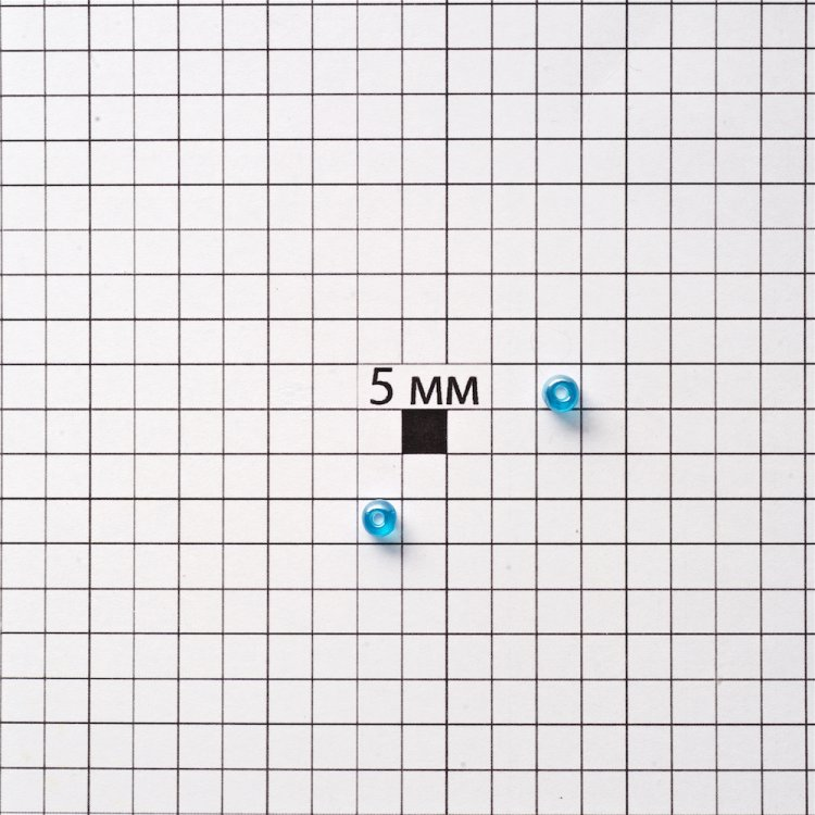 Бисер круглый, крупный, темно-голубой. Калибр 6 (3,6 мм)