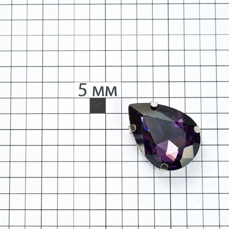 Стразы стеклянные в металлической оправе. Аметист. Длина 25 мм, ширина 18 мм.