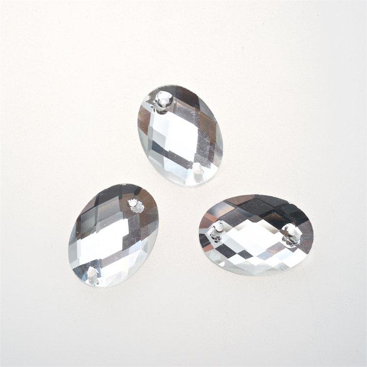 Стразы стеклянные пришивные. Прозрачный. Длина ширина 18 мм, ширина 13 мм.
