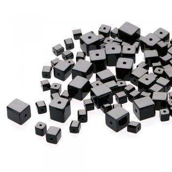 Чешское одноцветное стекло. Черный. Форма куб.  Размер 10 мм.