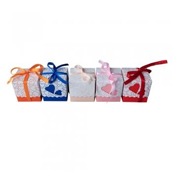 Коробочка картонна подарункова