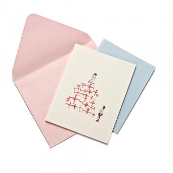 Открытка с конвертом Девочка с подарками