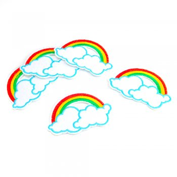 Тканинна нашивка Веселка на хмарах