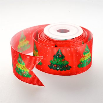 Лента репсовая красная 25 мм с узором из новогодних елок