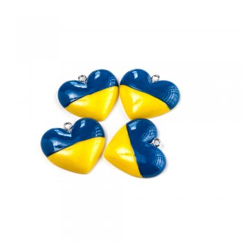 Подвески из полимерной глины. Жёлто-голубое сердце.