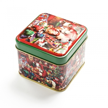 Коробочка жестяная 7,5х7,5х6,5 см Санта с детишками