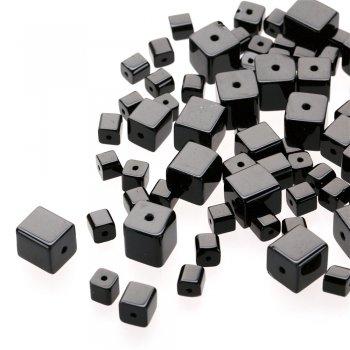 Чеська скляна намистина в формі куба, чорна, 12 мм