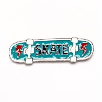 Значок пин Скейт