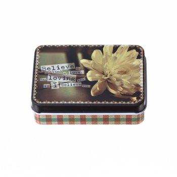 Коробочка жестяная 9х6,5х2,5 см с цветами