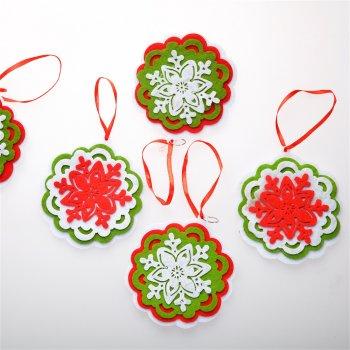 Декор Сніжинки з кольоровим фоном