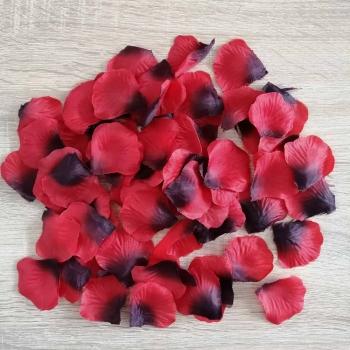 Штучні пелюстки троянд червоні (уп100шт + -3%)
