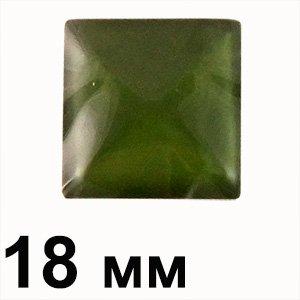 Пластиковые кабошоны квадрат зеленый