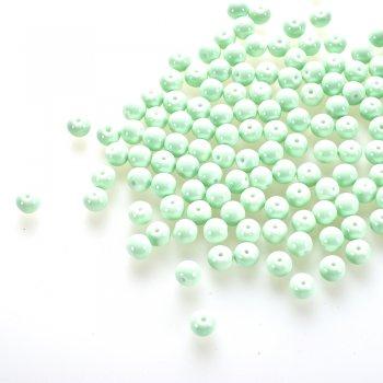 Бусина. Стекло опаковое одноцветное. Светло-зеленый. Диаметр 8 мм.