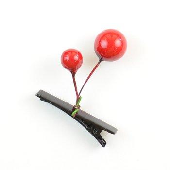 Заколка для волос с ягодками