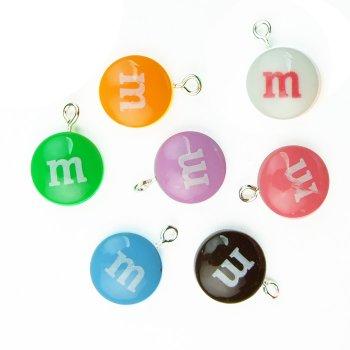 """Пластиковые подвески """"M&M's"""""""