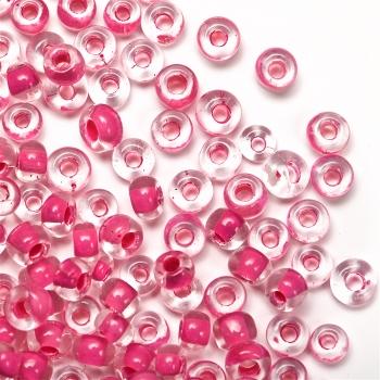 Бисер круглый, мелкий, с ярко-розовой серединой. Калибр 12 (1,8 мм)
