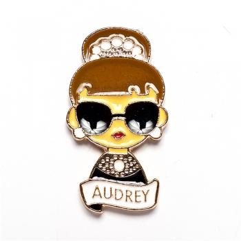 Значок пин Audrey