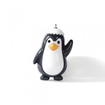 Пластиковая подвеска пингвин