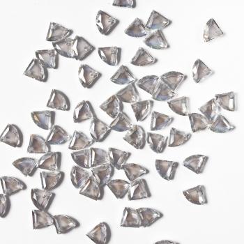 Хрустальная бусина треугольник 8 мм прозрачная