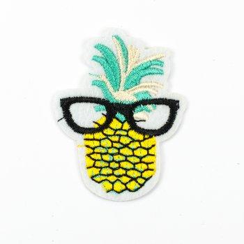 Тканинна нашивка Ананас в окулярах