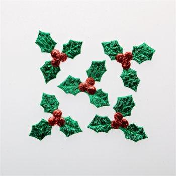 Текстильні дуті елементи зелений червоний ягоди пелюстки