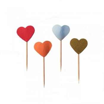 Декоративний елемент серце на паличці