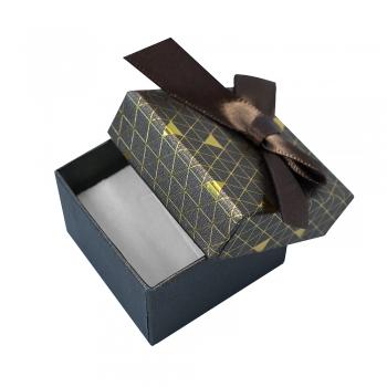 Коробочка картонная подарочная с бантиком