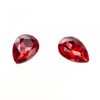 Стразы стеклянные вставные. Красный. Длина 18 мм, ширина 13 мм.