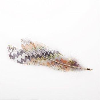 Пір'яні елементи з абстрактним візерунком