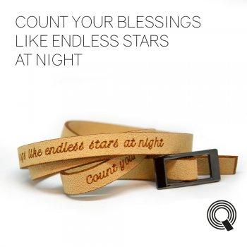 """Браслеты квоутлеты """"Count your blessings like endless stars at night"""", бежевый"""