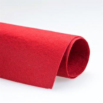 Фетр красного цвета