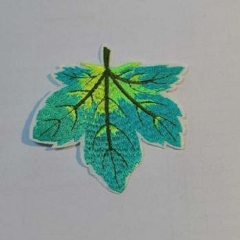Тканевая нашивка Осенний лист зеленый