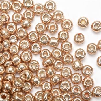 Бісер круглий, великий, золотий, металізований. Калібр 6 (3,6 мм)