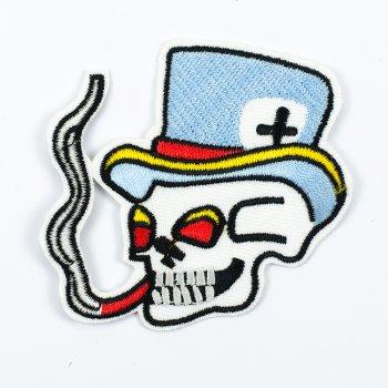 Нашивка Курящий череп в шляпе